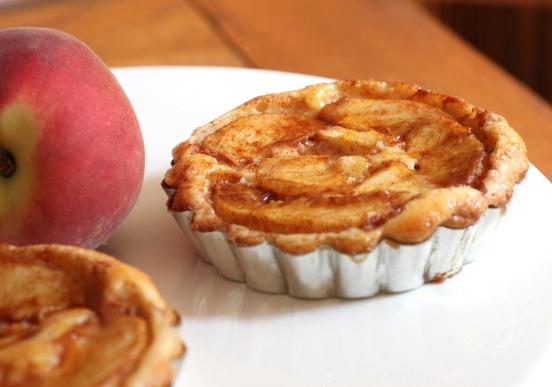 Peach Cream Cheese Tart - Smells Like Home